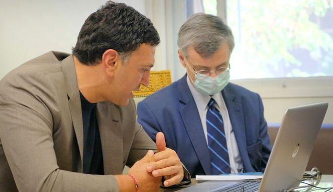 Ολοκληρώθηκε η συνεδρίαση της Επιτροπής Εμπειρογνωμόνων υπό τον Υπουργό Υγείας Βασίλη Κικίλια