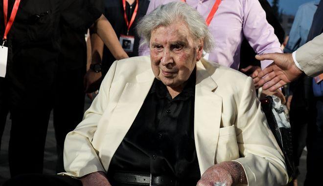 Ο Μίκης Θεοδωράκης σε συναυλία στο Παναθηναϊκό στάδιο τον Ιούνιο του 2019