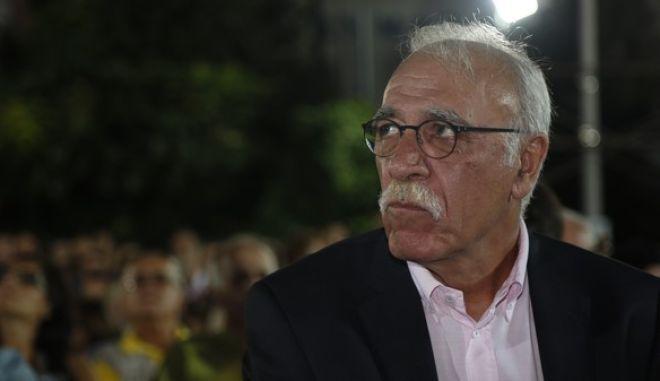 Ομιλία του προέδρου του ΣΥΡΙΖΑ, Αλέξη Τσίπρα στο Κερατσίνι την Κυριακή 13 Σεπτεμβρίου 2015. (EUROKINISSI/ΣΤΕΛΙΟΣ ΜΙΣΙΝΑΣ)