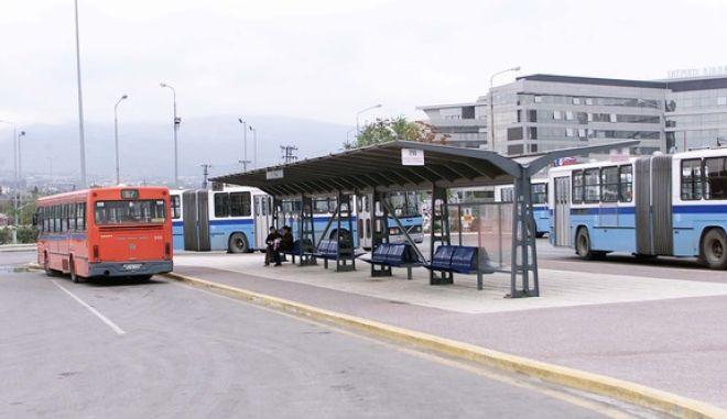 Καταγγελία: Οδηγός του ΟΑΣΘ κατέβασε από το λεωφορείο δύο Αφρικανούς