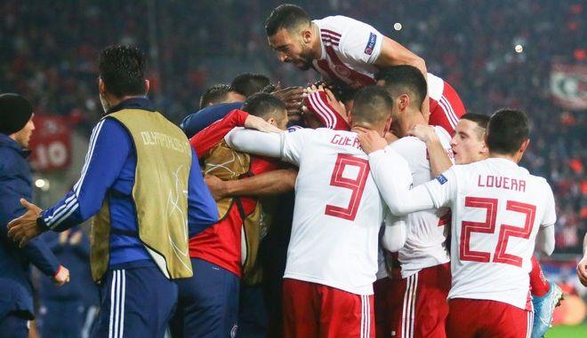 CHAMPIONS LEAGUE /ΟΣΦΠ - ΕΡΥΘΡΟΣ ΑΣΤΕΡΑΣ: Οι πανηγυρισμοί των παικτών του Ολυμπιακού