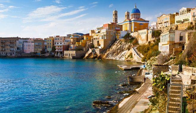 Συνέργεια 18-24 Travel, Ferrytraveller και Golden Star Ferries: Συνδέουν τη Βόρεια Ελλάδα με τις Κυκλάδες