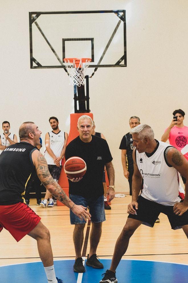 Τζάμπολ από τον hall of famer Νίκο Γκάλη στο τουρνουά μπάσκετ 4on4 by Nutramins