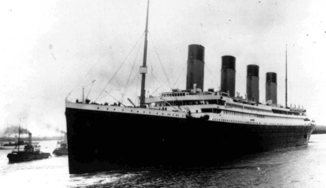 Ο Τιτανικός αναχορώντας από το λιμάνι του Σάουθαμπτον της Αγγλίας
