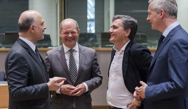 """""""Μπόνους"""" 6 δισ. ευρώ στην Ελλάδα από καθυστερημένες οφειλές"""
