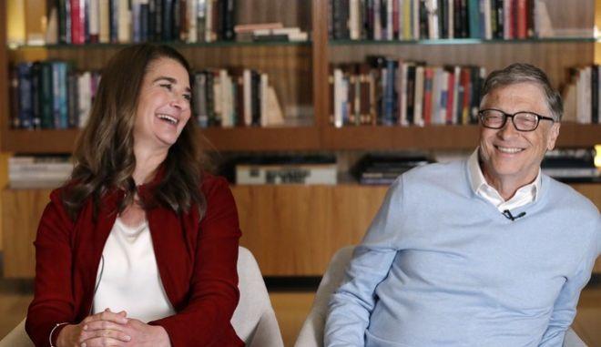 Ο Μπιλ και η Μελίντα Γκέιτς σε συνέντευξη, κατά την επίσκεψη τους στην Ουαλία το Φλεβάρη του 2019.