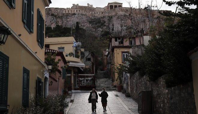 Στιγμιότυπο από την Αθήνα σε καιρό lockdown
