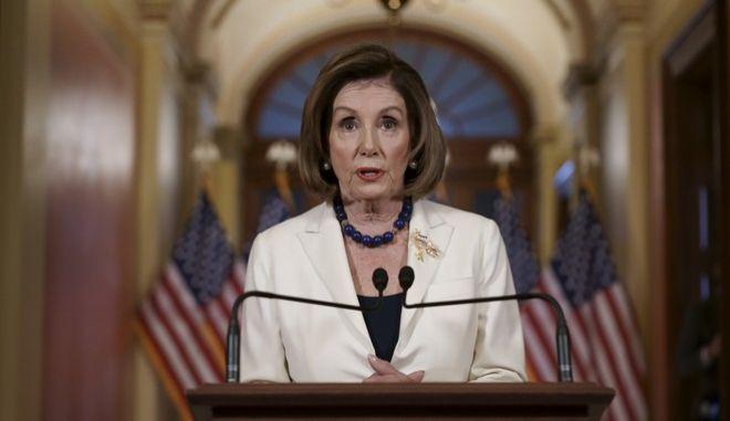 Η Δημοκρατική πρόεδρος της Βουλής των Αντιπροσώπων, Νάνσι Πελόζι,