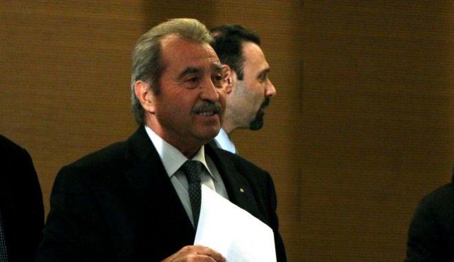 Ο Πρόεδρος της εφορευτικής επιτροπής Γ.Τραγάκης,ανακοίνωσε το τελικό αποτέλεσμα των εσωκομματικών εκλογών για τον νέο πρόεδρο της Νέας Δημοκρατίας,Δευτέρα 21 Δεκεμβρίου 2015 (EUROKINISSI/ΑΛΕΞΑΝΔΡΟΣ ΖΩΝΤΑΝΟΣ)