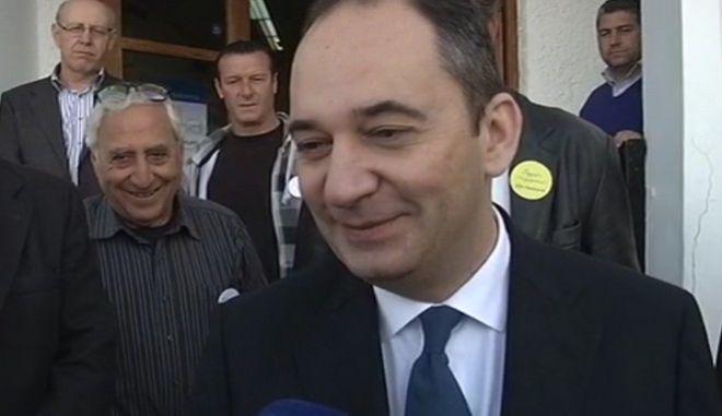Εκλογές ΝΔ: Ψήφισε ο Γιάννης Πλακιωτάκης