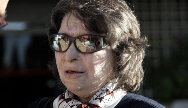 Η ευρωβουλευτής Κωνσταντίνα Κούνεβα στον Άρειο Πάγο, όπου εκδικάστηκε την Τρίτη 10 Οκτωβρίου 2017, η αίτηση αναίρεσης κατά της απόφασης του Μονομελούς Εφετείου Πειραιά που ακύρωσε την πρωτόδικη απόφαση που τη δικαίωνε και  απάλλαξε την εργολαβική εταιρεία από κάθε ευθύνη, για την επίθεση που δέχτηκε με βιτριόλι. (EUROKINISSI/ΓΙΑΝΝΗΣ ΠΑΝΑΓΟΠΟΥΛΟΣ)