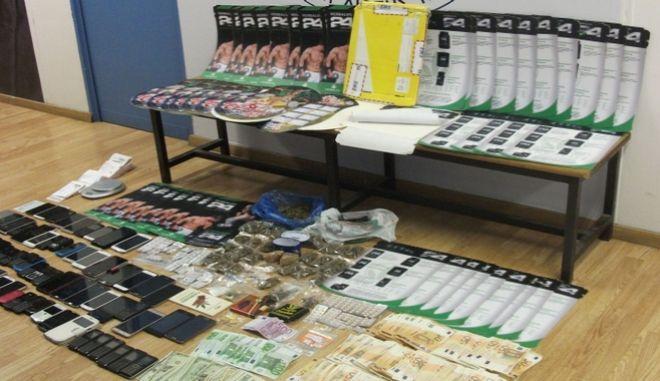 Έφερναν κοκαΐνη από Βολιβία, εκτυπωμένη σε πόστερ