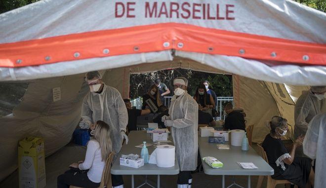 COVID-19 test στη Μασσαλία
