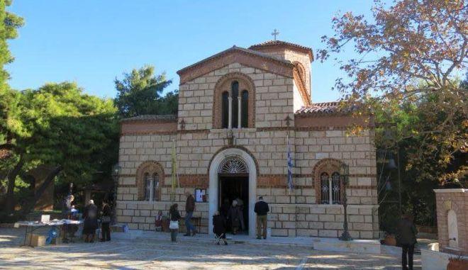 Γηροκομείο Αθηνών: Έκλεψαν και βανδάλισαν τον Ιερό Ναό - Πήραν μέχρι και λείψανο Αγίας