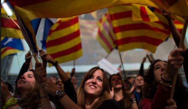 Δημοψήφισμα το Νοέμβριο του 2014 για τη δημιουργία ανεξάρτητου καταλανικού κράτους