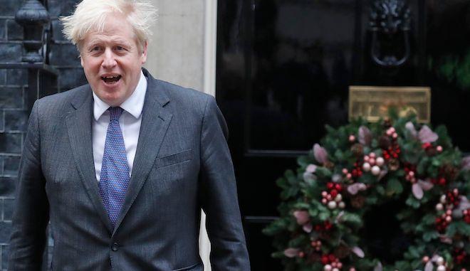 Ο πρωθυπουργός της Βρετανίας Μπόρις Τζόνσον στην 10 Downing Street στο Λονδίνο, 10 Δεκεμβρίου 2020.