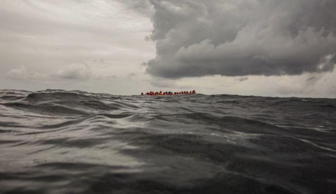 Λιβύη: Διάσωση εκατοντάδων μεταναστών στη Μεσόγειο