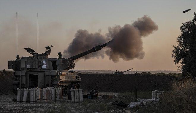 Ισραηλινοί στρατιώτες πυροβολούν προς στόχους στη Λωρίδα της Γάζας