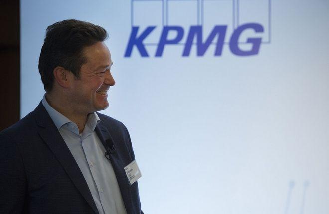 Geert Vermeulen, compliance trainer και πρώην Διευθυντής Ολλανδικού Compliance Institute κατά τη διάρκεια της ομιλίας του