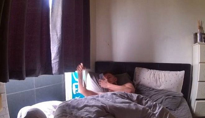 Φάρσα στον φαρσέρ: Το χρησιμοποιημένο προφυλακτικό στο κρεβάτι, μετά από hangover