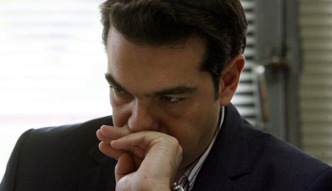 Στιγμιότυπο από την συνάντηση του Προέδρου της Κ.Ο του ΣΥΡΙΖΑ Αλέξη Τσίπρα με τους Πρέσβεις των χωρών της Λατινικής Αμερικής,Δευτέρα 24 Οκτωβρίου 2011(EUROKINISSI/ΤΑΤΙΑΝΑ ΜΠΟΛΑΡΗ)