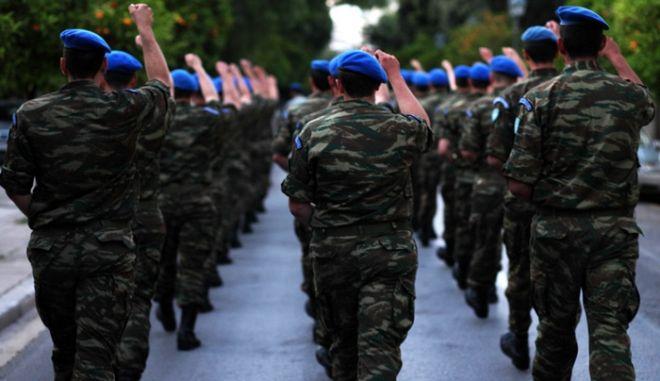 Καταγγελία δικηγόρου στο ΓΕΣ: Επέλαση ακροδεξιών στρατιωτικών στο Facebook - Όλα τα στοιχεία