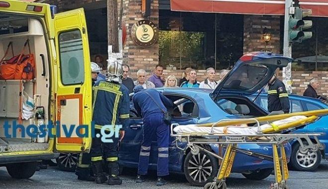 Τραγωδία στο κέντρο της Θεσσαλονίκης - Ηλικιωμένη παρασύρθηκε από δύο οχήματα