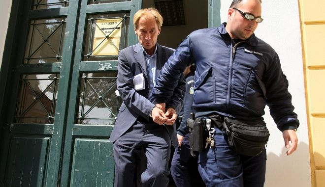 Ο τραπεζίτης Ζαν Κλοντ Οσβαλντ, πρόσωπο - κλειδί τόσο στο σκάνδαλο των εξοπλισμών όσο και στο σκάνδαλο της Siemens