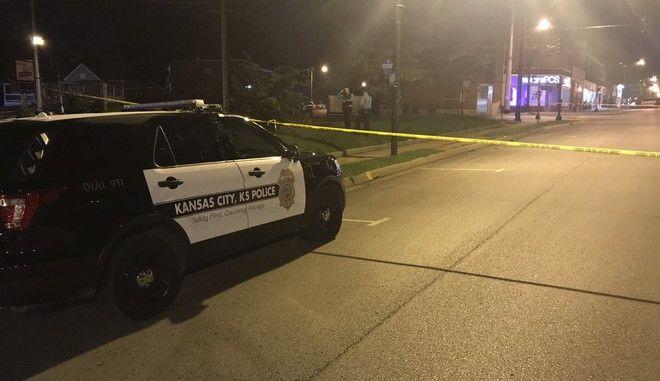 Εικόνα από το περιστατικό με πυροβολισμούς σε μπαρ στο Κάνσας Σίτι