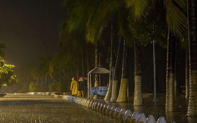 Εξασθένησε σε τροπική καταιγίδα ο τυφώνας Πατρίτσια
