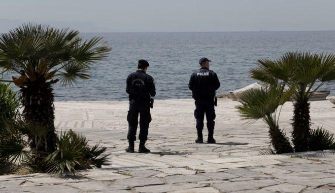 Αστυνομία στην παραλία του Φλοίσβου