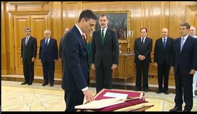 Ορκίστηκε πρωθυπουργός ο Π. Σάντσεθ