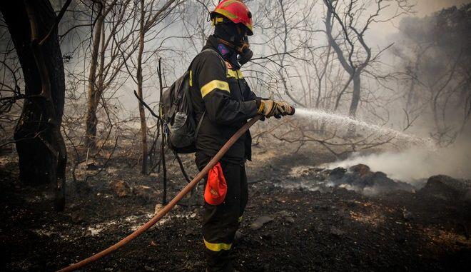 H πυρκαγιά στην Κινέτα