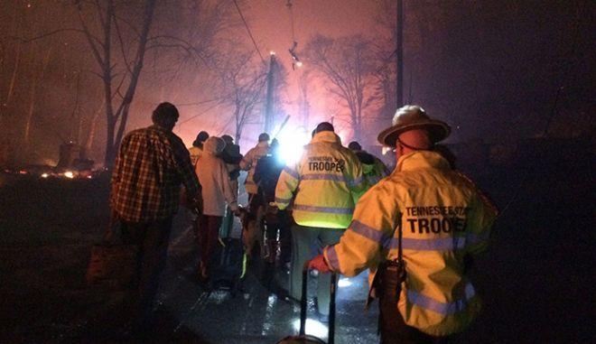 ΗΠΑ: 11 νεκροί από φωτιά σε εθνικό πάρκο του Τενεσί