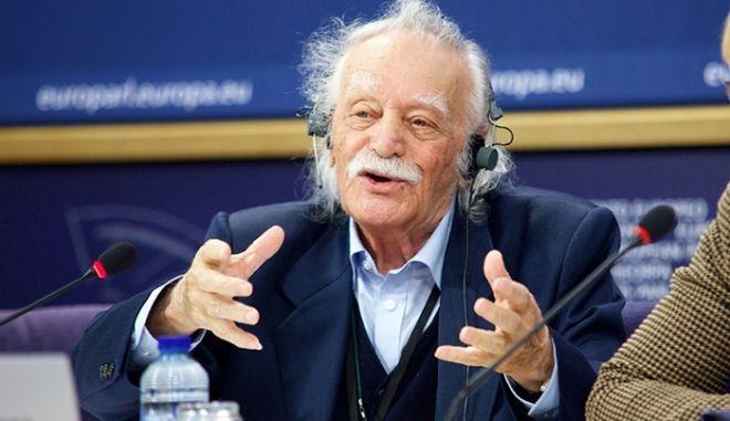 Γλέζος: Έχει γίνει μετάλλαξη. Άλλος είναι ο ΣΥΡΙΖΑ που γνωρίζω εγώ κι άλλη η κυβέρνηση