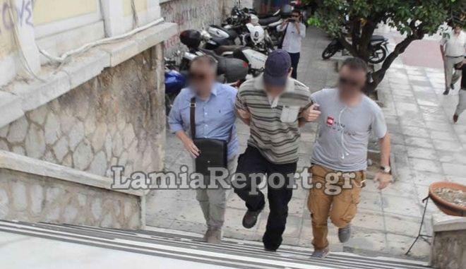 Στην ανακρίτρια οδηγείται την Παρασκευή 21 Σεπτεμβρίου ο 34χρονος που κατηγορείται για την αρπαγή και τον βιασμό μιας 40χρονης Γαλλίδας