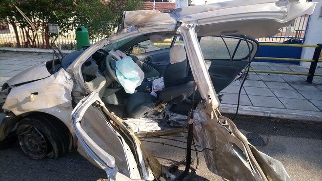 Συγκλονιστικές εικόνες από το τροχαίο δυστύχημα στον Άγιο Βασίλειο - Παραβίασε φανάρι και εμβόλισε το ΙΧ