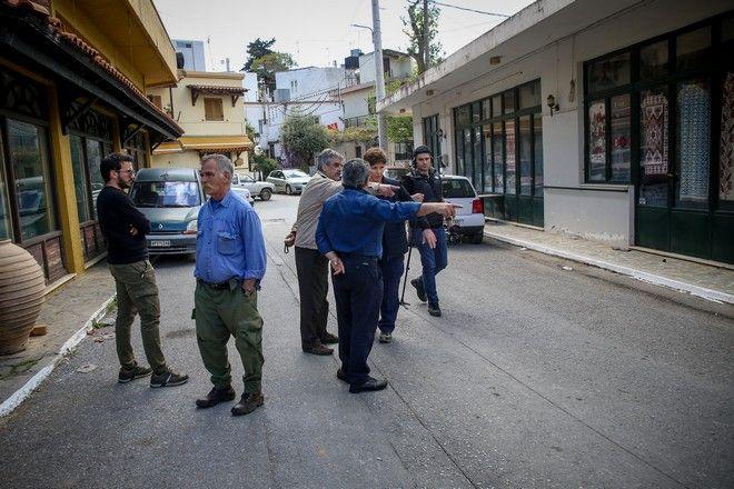 'Εγκλημα εξαιτίας λογομαχίας για κτηματικές διαφορές με δυο νεκρούς και έναν ελαφρά τραυματία στα Ανώγεια του Ν.Ρεθύμνου,αργά χθές το βράδυ.Οι αρχές φοβούμενες βεντέτα ενισχύουν τις αστυνομικές δυνάμεις στην περιοχή,Κυριακή 3 Μαϊου 2020 ()