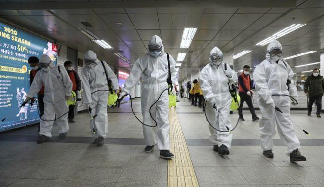 Κορονοϊός: Παγκόσμιος συναγερμός για την πανδημία - Λεπτό προς λεπτό οι εξελίξεις