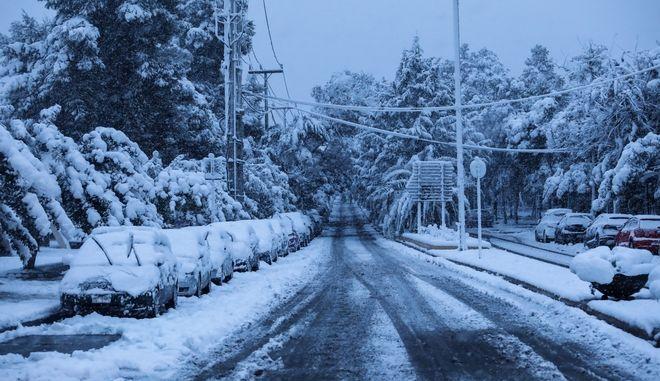 Κακοκαιρία Μήδεια - Χιονόπτωση στη Λεωφόρο Μεσογείων