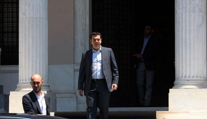 Ο πρωθυπουργός Αλέξης Τσίπρας, στο Μέγαρο Μαξίμου