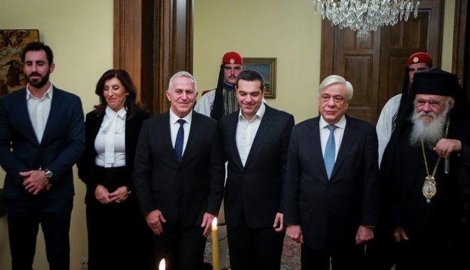 Ορκωμοσία του νέου υπουργού Άμυνας Ευάγγελου Αποστολάκη ενώπιον του Προέδρου της Δημοκρατίας Προκόπη Παυλόπουλου