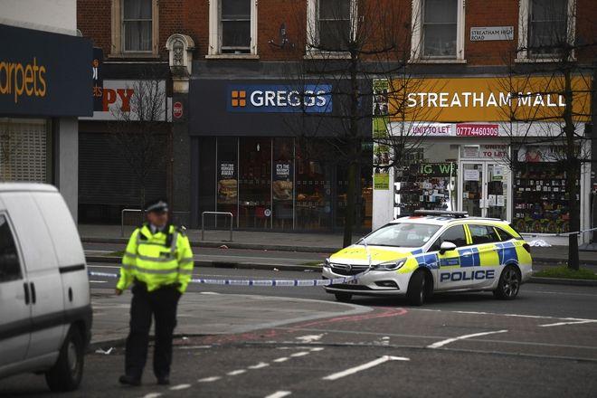 Η αστυνομία έχει αποκλείσει το σημείο της επίθεσης
