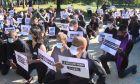 Παρίσι: Αντιρατσιστική διαδήλωση έξω από την πρεσβεία των ΗΠΑ