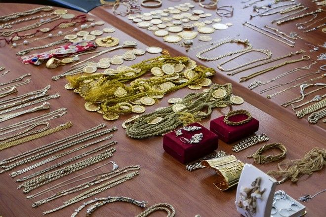 Presentation by the police of stolen goods seized during the investigations to arrest criminal organizations had committed numerous robberies and thefts all over the country, Athens, Greece on February 1, 2017. /                         ,   / , , 1  2017.