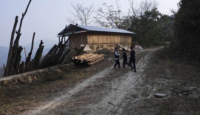 Μιανμάρ: Όλμος σε σχολείο - Τραυματίστηκαν 20 παιδιά