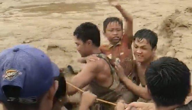 Φιλιππίνες: Ξεπέρασαν τους 100 οι νεκροί από τον φονικό τυφώνα