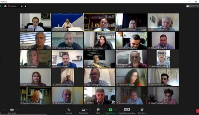 Ψηφιακό μασάζ στα στελέχη της ΝΔ για το lockdown - Γαλάζια ανησυχία για τις συνέπειες
