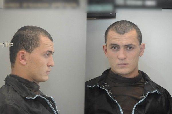 Αυτοί είναι οι επικίνδυνοι Αλβανοί κακοποιοί με καλάσνικοφ