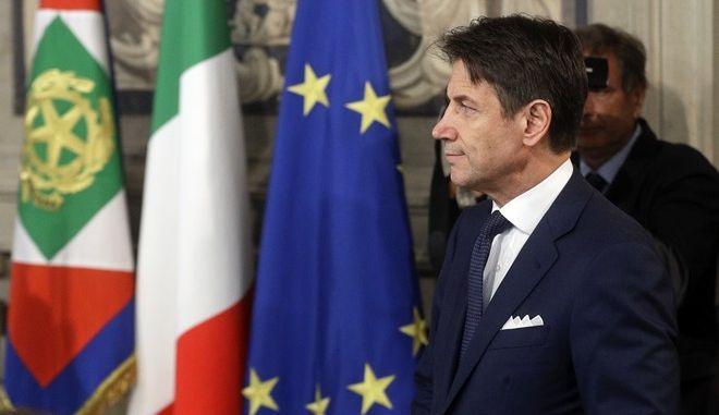 O Ιταλός πρωθυπουργός Τζουζέπε Κόντε στο προεδρικό μέγαρο